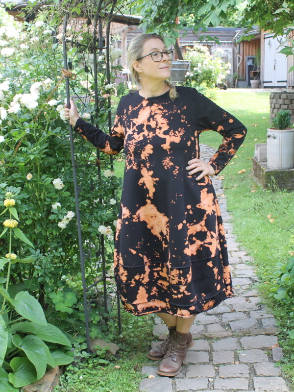 Kleid-Batik-black-3
